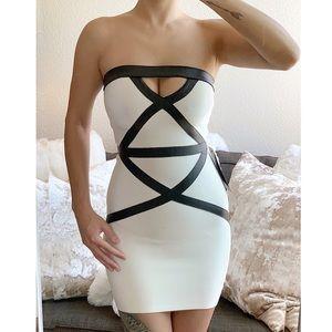 💕HP💕NWT bebe Strapless Bandage Dress